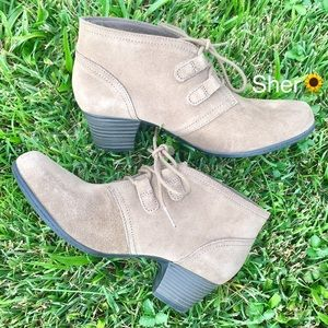 Gorgeous Booties by Clarks {valerie collection}